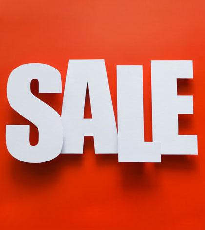 Final sale in club shop