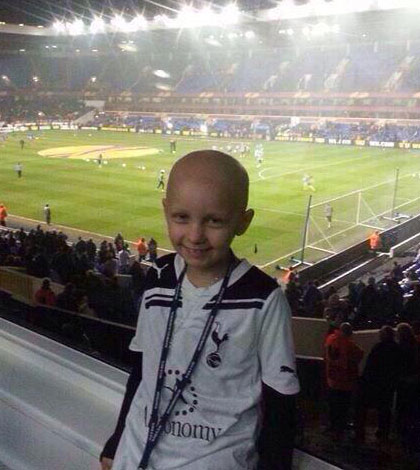 Minute's applause for Stacey