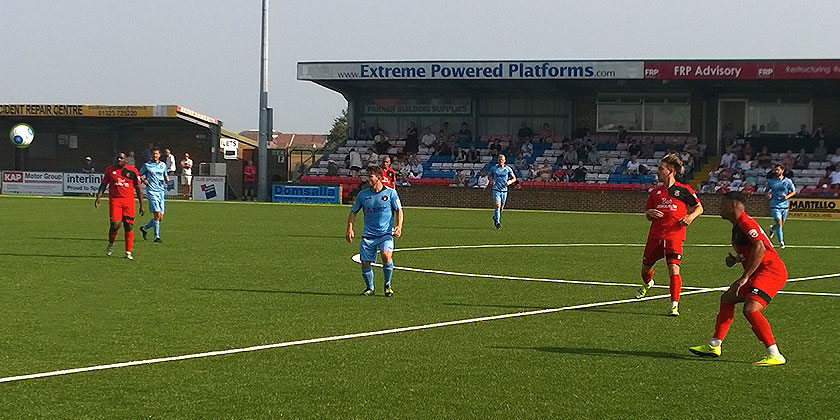 Eastbourne Borough 0-0 Fleet