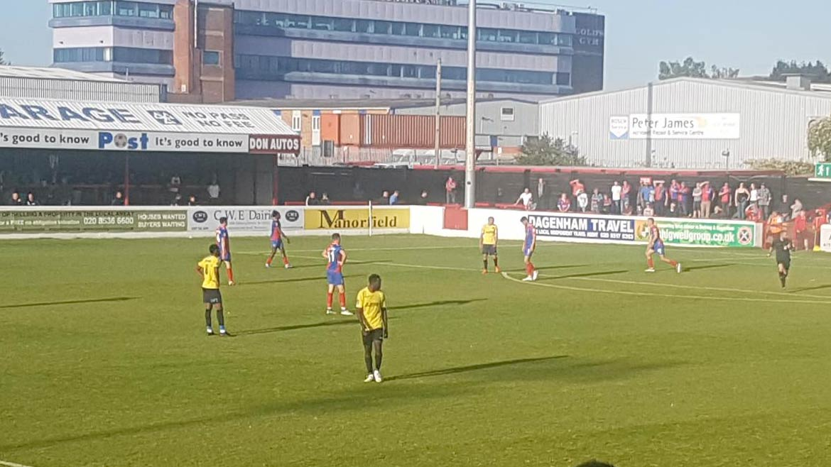 Dagenham & Red. 1-3 Fleet